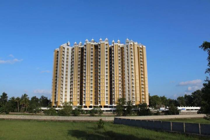 Cozy 3BHK Furnished Apartment at Infopark Kakkanad
