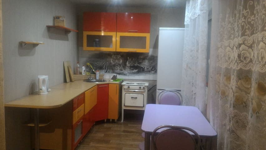 Уютная солнечная квартирка-студия . - Angarsk - Apartment