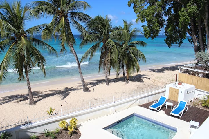 "Beachfront two bedroom apartment ""Sunrise"" - Fitts Village - Byt"