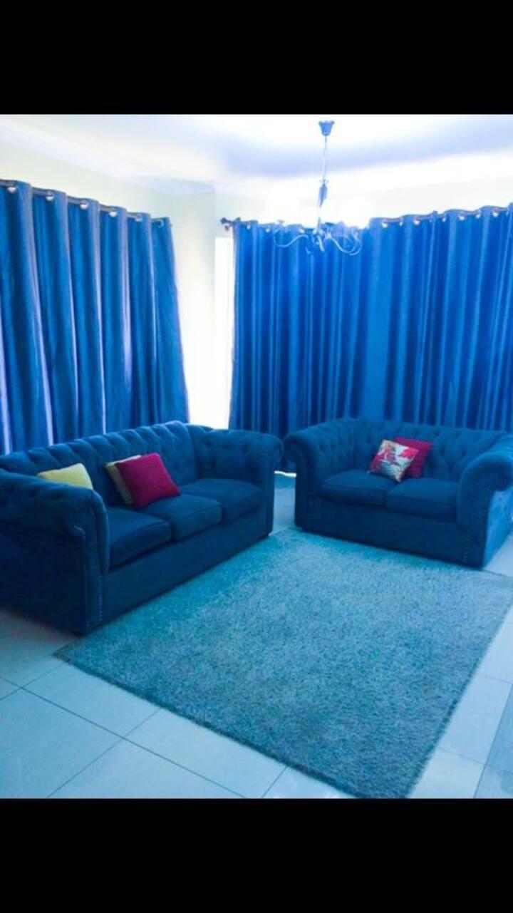 Ensuite 1bedroom  apt in Nyali with AC,pool,Beach