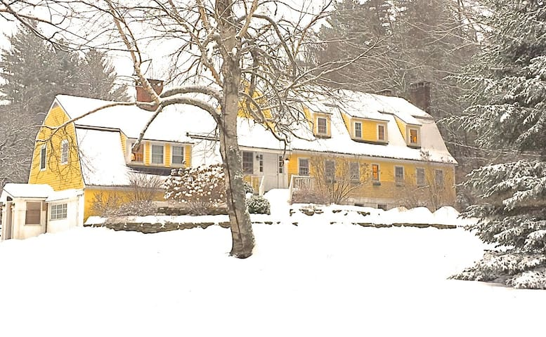 Blue Door Farm SKI! Bromley, Magic, Stratton &.... - Landgrove - Casa