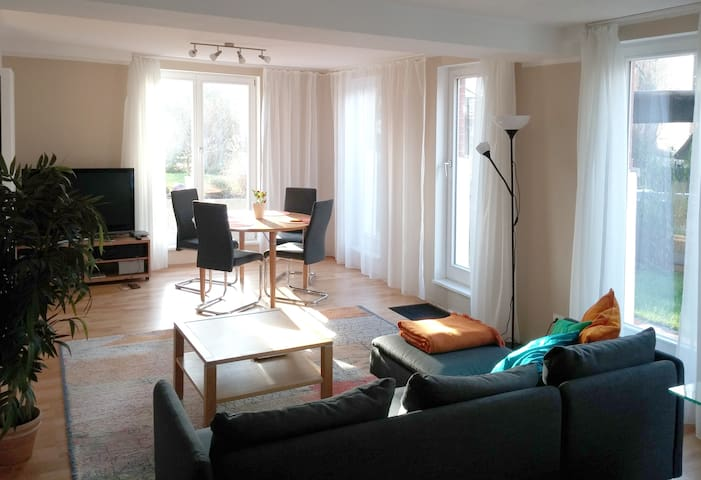 sunny quiet 2,5 room flat, garden, close to centre - Braunschweig - Daire