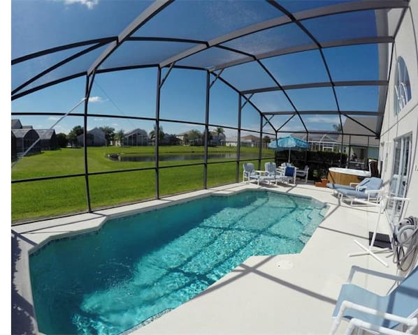 Beautiful 3-bedroom villa with private pool! - Kissimmee - House