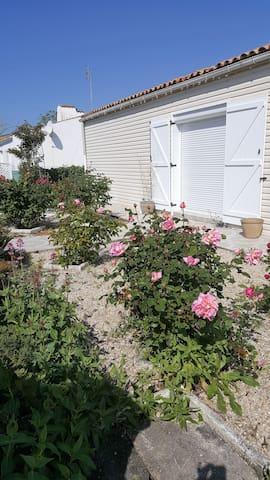 Location chambres La Maison aux Mille Roses