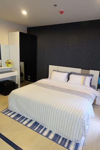 New cozy 1 bedroom on Cha-am beach - Cha-am - Lägenhet