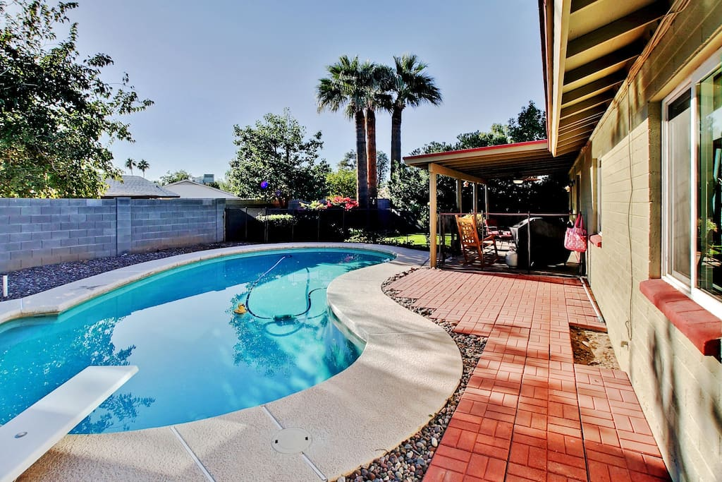 Look no further than this wonderful Phoenix vacation rental home for your next sunny getaway!