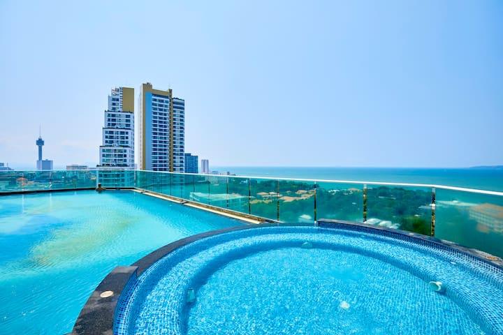 23rd Floor Sea View  3BD condo!!