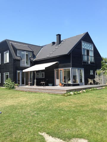 Amazing villa with private beach - Rungsted Kyst - Huis