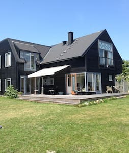 Amazing villa with private beach - Rungsted Kyst - Haus