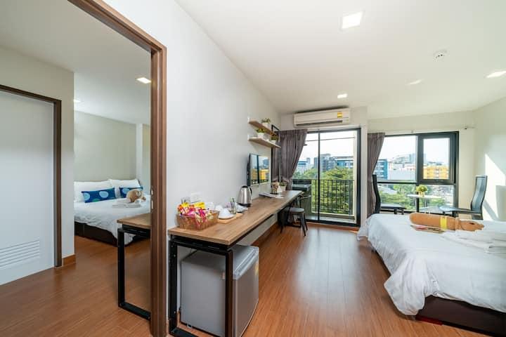 拉差达32巷火车头夜市乍都乍周末市场JJMall百货大楼 玩遍曼谷中英文服务 两室双卧两床