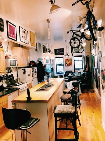 Funky Loft in Manhattan Near Everything- Sleeps 5