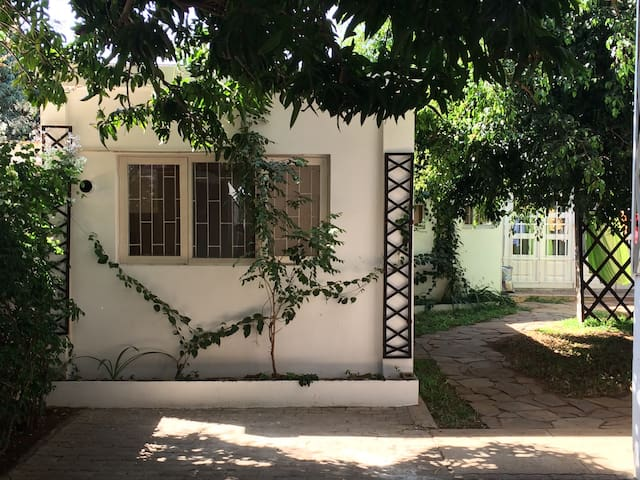Studio, safe and quiet zone - Maputo