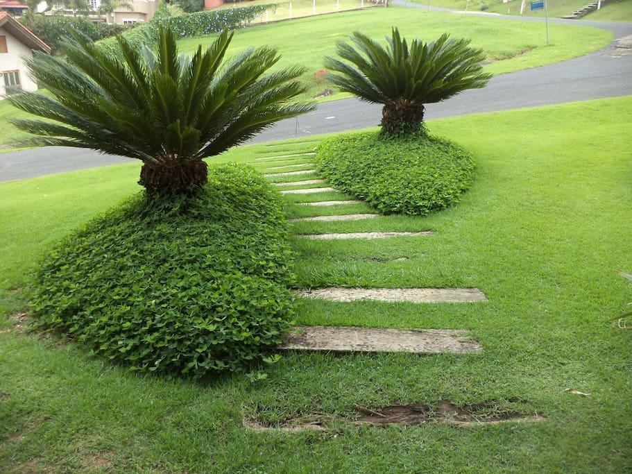 caminho para entrada principal