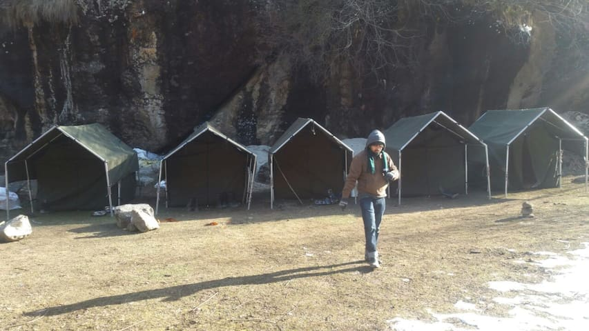 Camping at Nakthan, Parvati Valley. - Tosh - Tenda