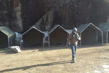 Camping at Nakthan, close to Kheerganga