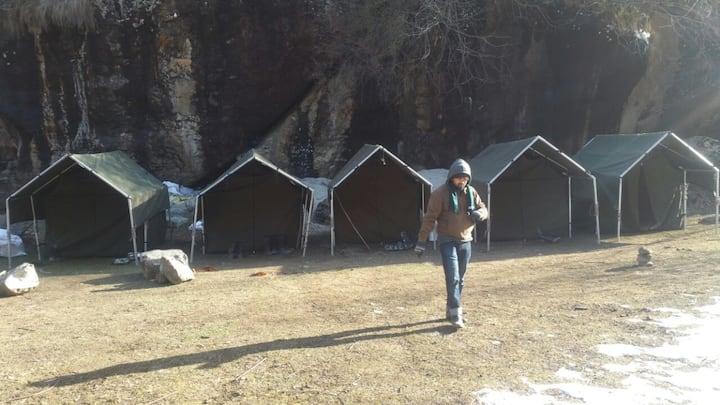 Camping at Nakthan, close to Kheerganga