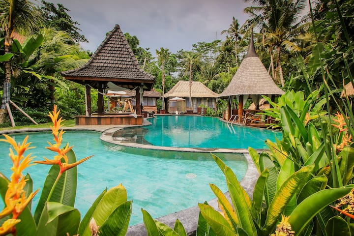 Hidden Natural Resort at Keramas Bali