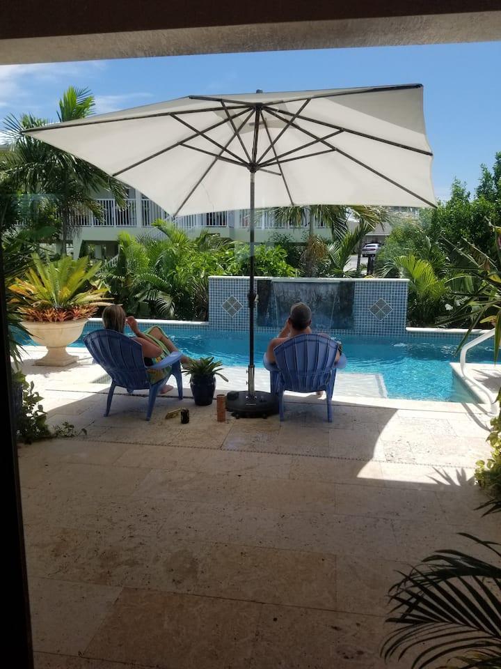 Casa Mariposa:  Sombrero Beach Neighborhood
