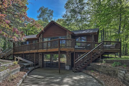 Waterfront Eagle River Lake Home w/ Boat Dock