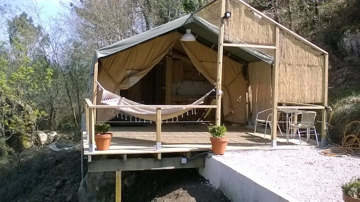 ¨OUT OF AFRICA¨GLAMPING NO GERES