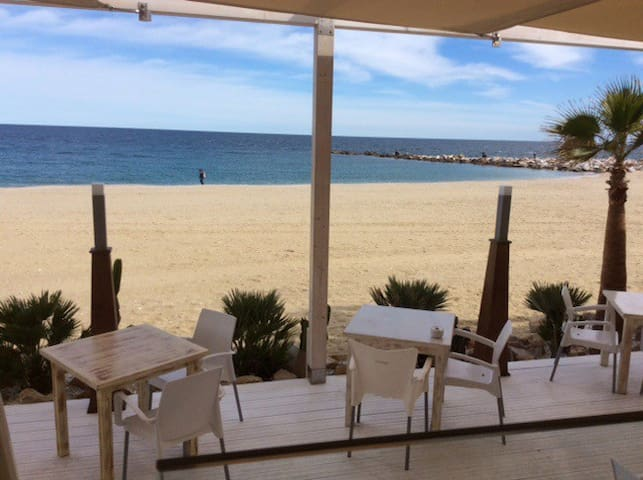 Private single room, sea views, Central Garrucha,