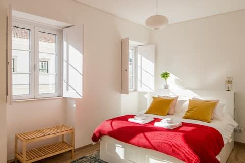 """Lapa Apartment """"Light of Lisbon"""""""