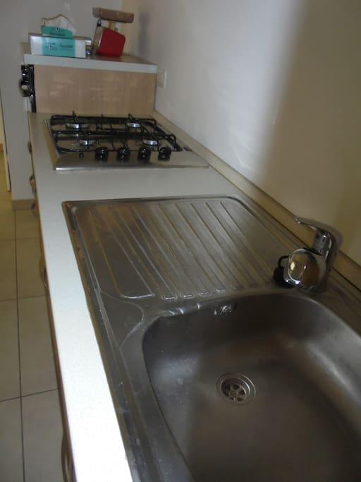 piano cottura con lavello