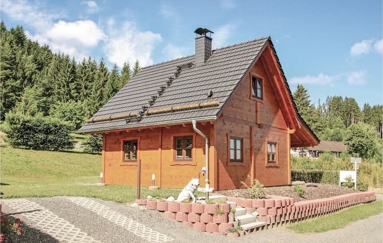Holiday cottage with 2 bedrooms on 70m² in Drognitz