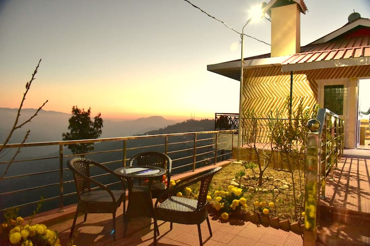 Premium Valley View Rooms At Heart Of Himalayas