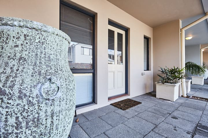 Fremantle Townhouse - U/4