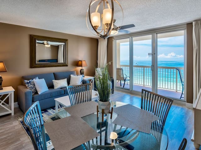 Pelican Beach 11th floor - on the beach - Updated unit with gorgeous views.