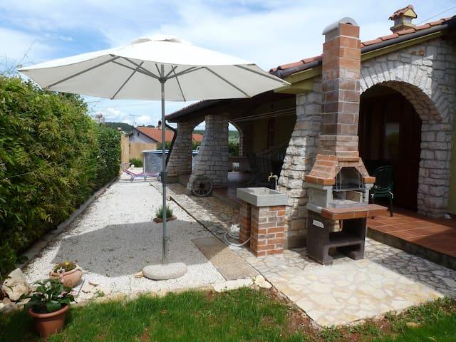 Casa Sara - Višnjan - Rumah