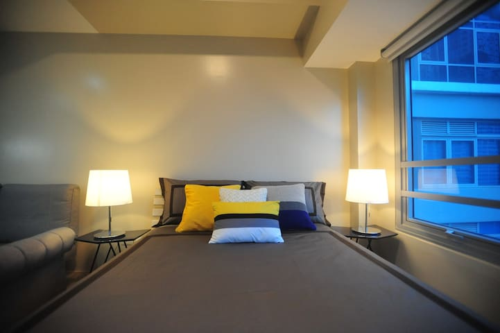 Cozy place to stay at the heart of Eastwood City - Ciutat Quezon