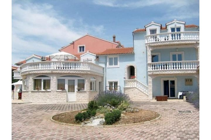 Villa Dalmatina