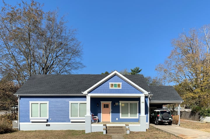 Bell Buckle Bungalow - fully renovated, 3 bd/2 ba