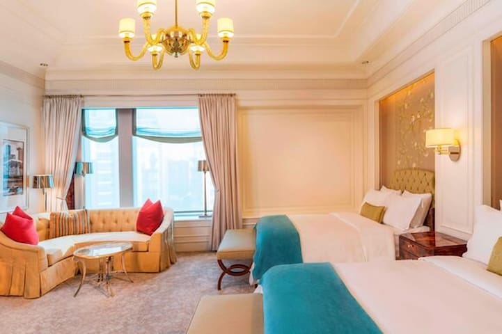 The St. Regis Singapore, Lady Astor Double