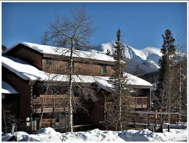 Timber Run-Winter Park Resort skiing 3 miles