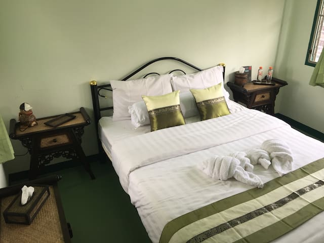 Thailand Guest House - Double Room 1 (In Old City)