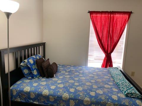 Private 1BR w/Queen Bed near to USF/Busch Garden