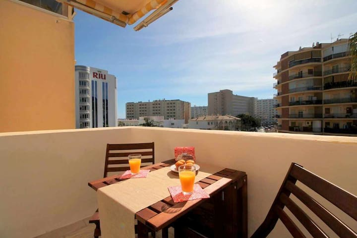 Apart. 2min from beach+POOL+WIFI+Sofa Bed+Terrace