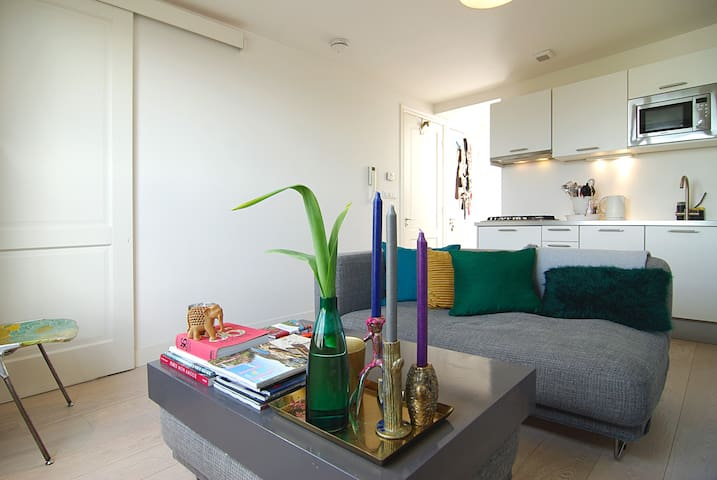 COSY & SUPERB apt. with roof terrace and balcony! - Amsterdam