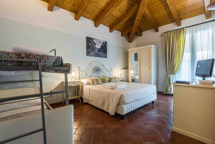 Acetaia Sereni Vinegar Farmhouse - Comfort Room