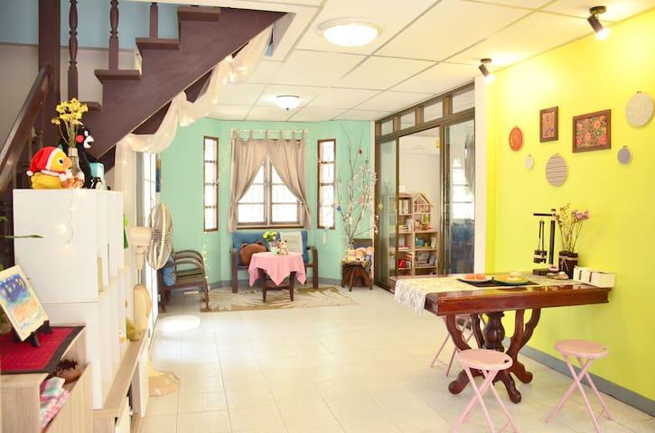 Solunery Art House~Master Bedroom for4 BKK airport