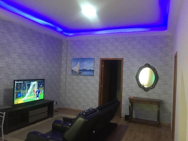 Apartamento com TV a Cabo