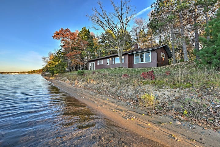 Pelican Lake Cabin w/ Breathtaking Sunset Views!