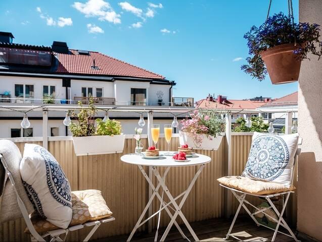Sunny & Bright Studio Condo w/ Balcony, Hornstull