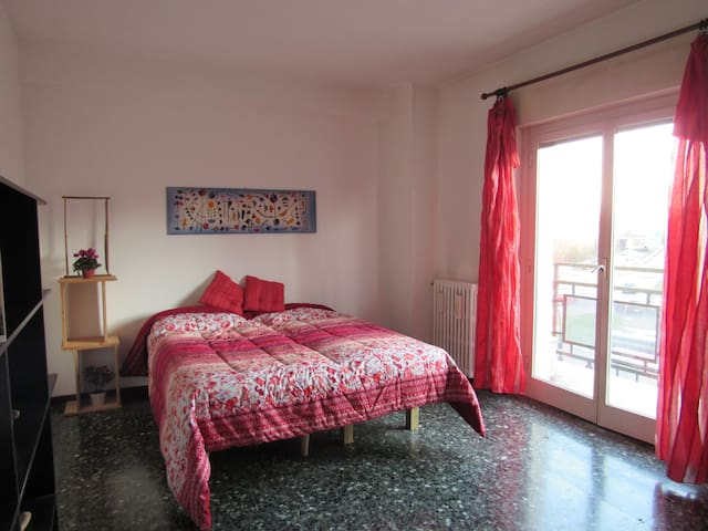 For 4 Persons Green Tree - 2 step from the Center - San Donato Milanese - Apartment