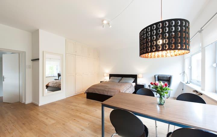 Stilvolles 1-Zimmer-Apartment mit Blick ins Grüne