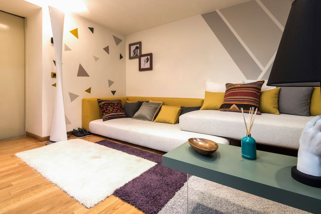 modern design flat near duomo w private spa wohnungen zur miete in mailand lombardia italien. Black Bedroom Furniture Sets. Home Design Ideas