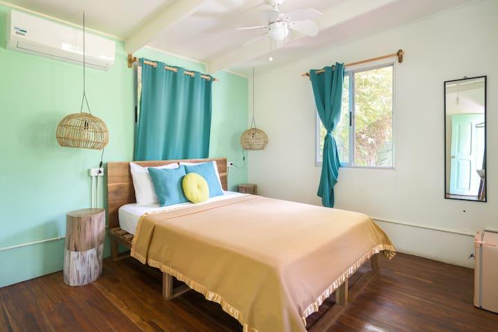 Selina Manuel Antonio - Standard Room